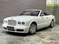 1/18 Minichamps Bentley Brooklands White Convertible Chrome Wheels Very rare