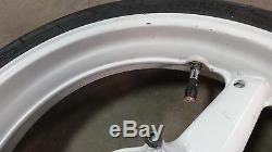 2000 Yamaha YZFR1 YZF R1 Y536' front wheel rim chrome under white 17in