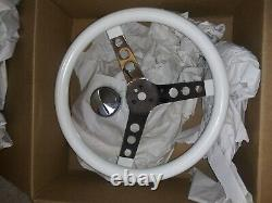 2015 Mooneyes Classic 13.5 Round Hole 3-Spoke Steering Wheel White(Discontinued)