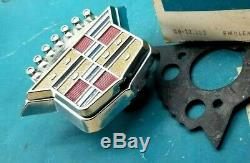 Nos 1971 Cadillac Trunk Lock Cover Emblem Flip LID Crest Deck Gm Trim