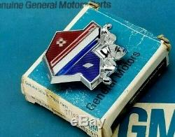 Nos 73 74 Buick Electra Estate Wagon Tailgate Crest Emblem Shield 225 Gm Trim