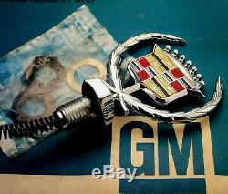 Nos 80 92 Cadillac Fleetwood Brougham New Hood Ornament Emblem Gm Trim