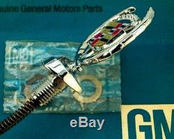 Nos 80 92 Cadillac Fleetwood Brougham New Hood Ornament Emblem Gm Trim