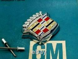 Nos 80 96 Cadillac Trunk Lock Cover Crest Emblem Flip LID Ornament Gm Oem Trim