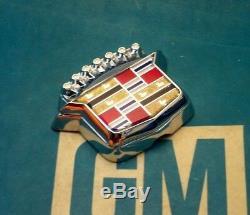 Nos 80 96 Cadillac Trunk Lock Cover Crest Emblem Flip LID Ornament Molding Trim
