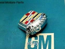 Nos 89 93 Cadillac Deville Fleetwood Trunk Lock Cover Crest Wreath Emblem LID Gm