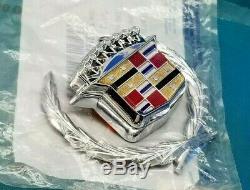 Nos 89 93 Cadillac Deville Fleetwood Trunk Lock Cover Crest Wreath Emblem Trim
