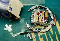 Nos 93 94 95 96 Cadillac Fleetwood Trunk Lock Cover Crest Emblem Flip LID Trim